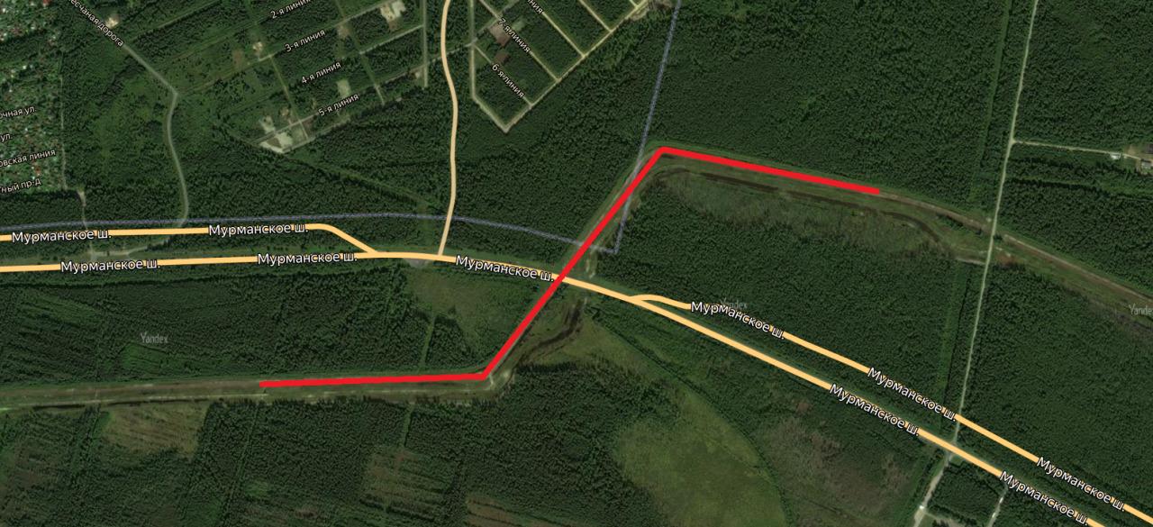красной линией обозначены газопроводы