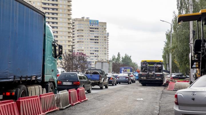 За сутки до: что происходит на проспекте Машиностроителей, который должны открыть после ремонта