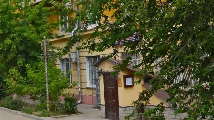 В Волгограде продают скандально построенное кафе в здании бывшего бомбоубежища