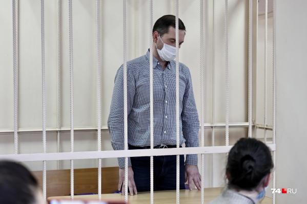 Андрей Осипов отрицает вину в мошенничестве, которое ему вменяют следователи
