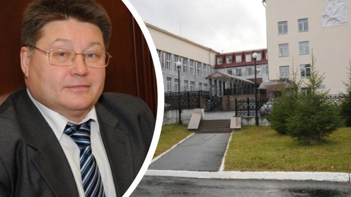 Главврачу уральского центра реабилитации отказываются продлевать контракт. За него вступились подчиненные