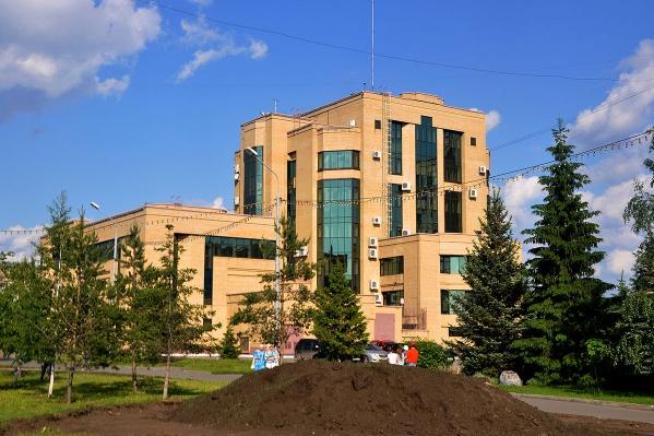 По мнению эксперта, такое здание может приобрести один из крупных сетевых медицинских центров