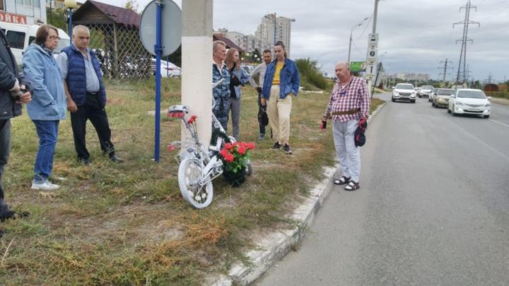 Умер, не приходя в сознание: в Волгограде прошел велопробег в память о погибшем под колесами авто велосипедисте
