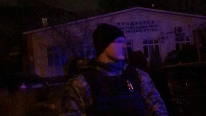 «Че ты, герой?» Полицейский из Ярославля в Дагестане застрелил отца пятерых детей. Видео
