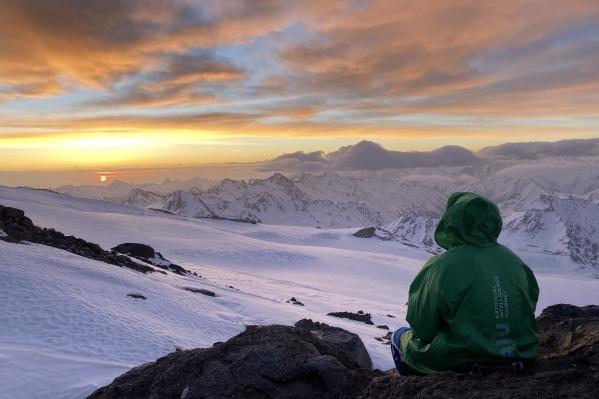 Закаты и рассветы в горах невероятные