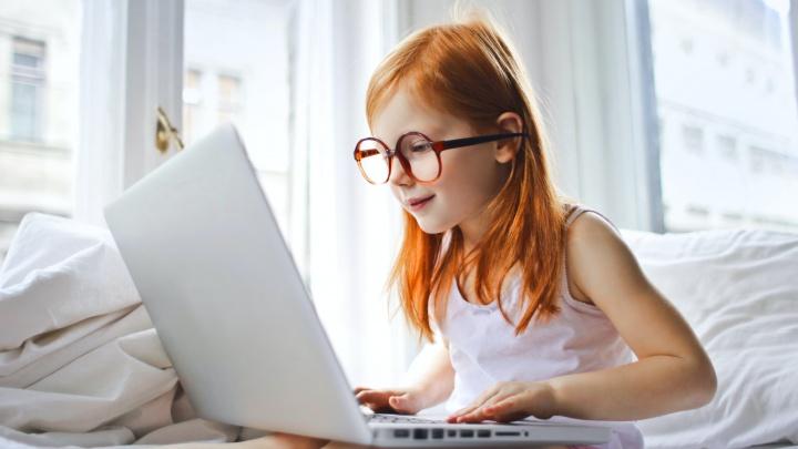 Без лазера и хирурга: как остановить развитие детской близорукости, расскажут врачи в онлайн-формате