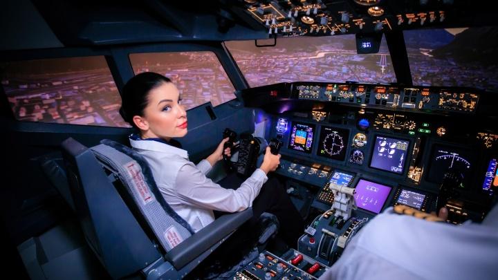 Без визы и разрешения пилота: сибиряки смогут своими руками посадить самолет в любом городе мира