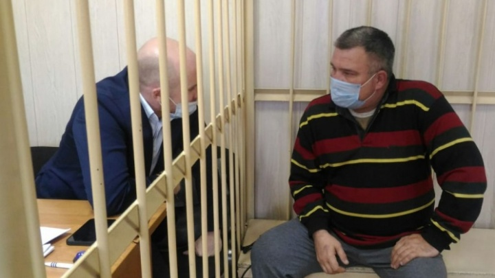 Суд продлил арест обвиняемому в убийстве новосибирского экс-депутата Ивана Митряшина