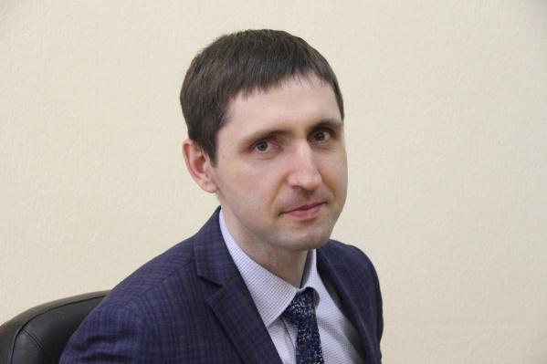 """Олег Баланов работает в мэрии больше <nobr class=""""_"""">10 лет</nobr>&nbsp;"""