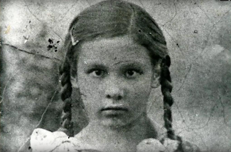 Маленькая Ольга Грекова, 1920-е годы