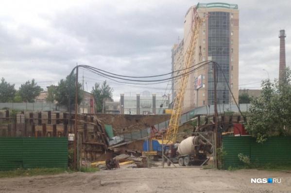 На месте происшествия строится комплекс «Снежная миля»