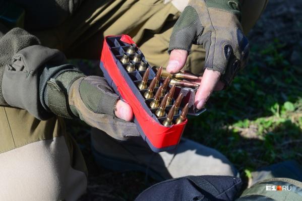 Типы разрешенного в России гражданского оружия планируют ограничить