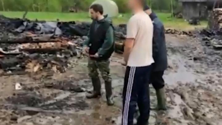 Убийцы, сжегшие пенсионера в его доме, вернулись на место преступления: видео