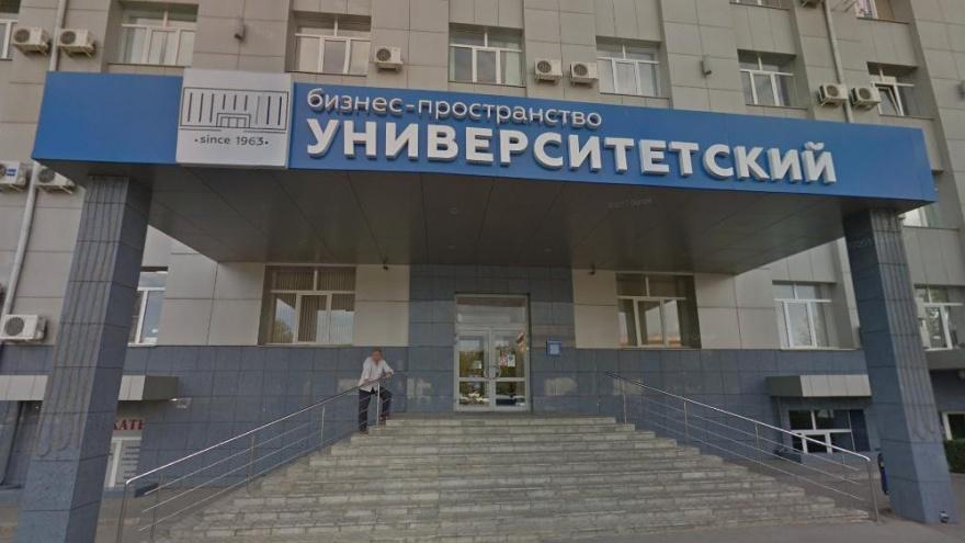 В Волгограде жена депутата Госдумы Андрея Гимбатова сдала в аренду офис областной думе