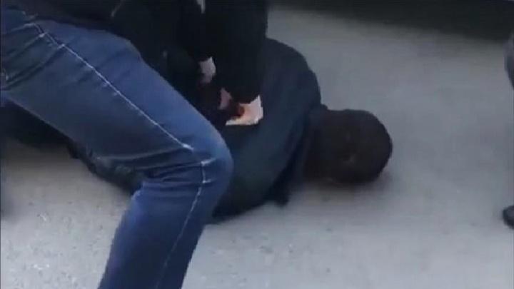 Появилось видео задержания бывшего милиционера, которого поймали с пятью килограммами героина