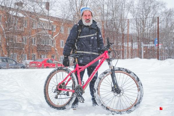Михаила Орлова часто можно увидеть на велосипеде на улицах Перми и Москвы