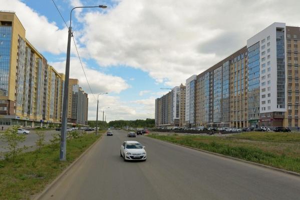 В «Ньютоне» перекроют проспект Героя России Евгения Родионова, объезд будет через дворы