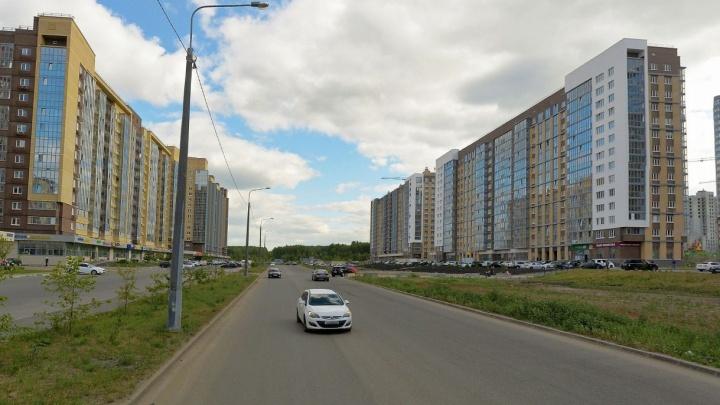 В крупном микрорайоне Челябинска в выходные ограничат движение из-за ремонта дороги