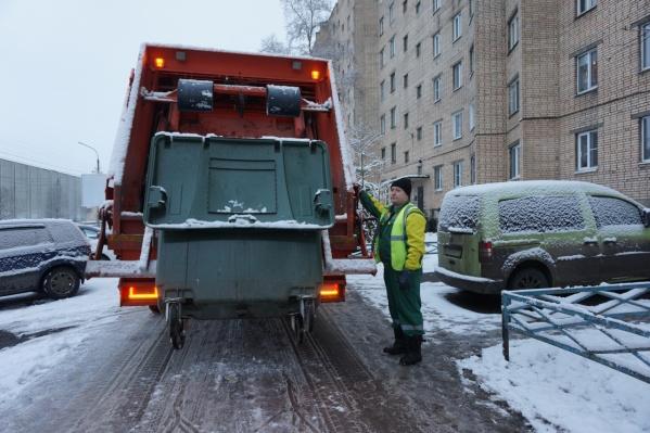11 мусоровозов «ЭкоИнтегратора» замерзли и были вынуждены сойти со своих маршрутов