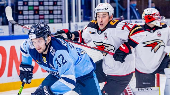 Четвертая победа в сезоне: «Авангард» всухую обыграл новосибирскую «Сибирь»
