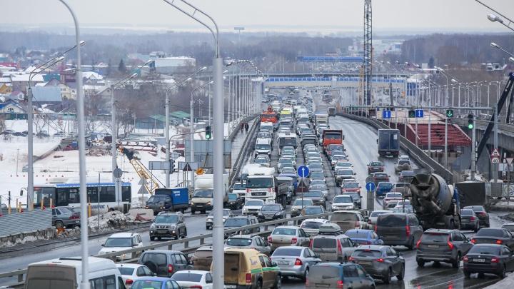 В Уфе из-за строительства нового моста через Белую ограничат движение