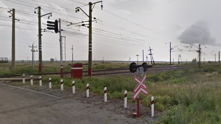 Контролер высадила двух детей на безлюдной станции под Челябинском из-за отсутствия наличных на билет