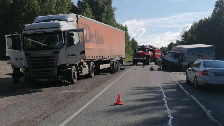 Стало известно состояние пострадавших в массовой аварии с «Газелью» на трассе М-5 в Челябинской области