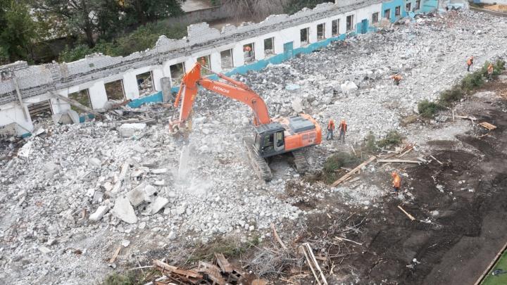 Стадион «Трактор» снесен. Волгоград избавляется от советских спортивных объектов