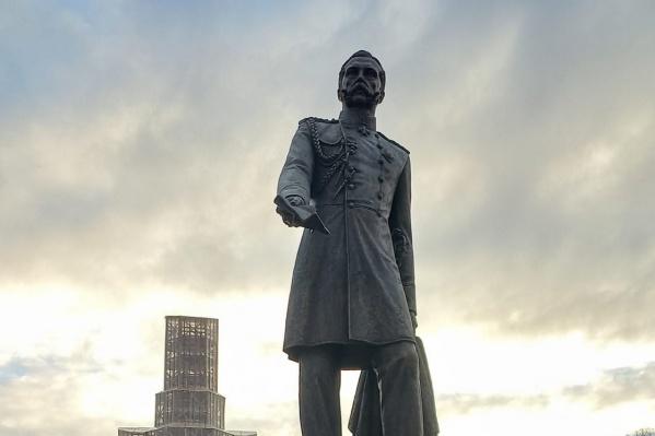 Открыть памятник планировали в это воскресенье, но из-за коронавируса планы пришлось корректировать