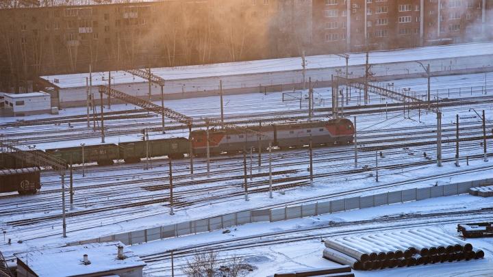 В Свердловской области поезд насмерть сбил пожилого человека