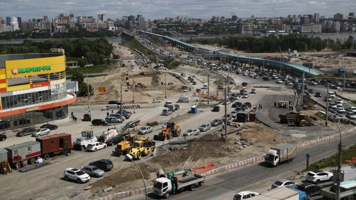 «Ребенок не родится за 6 месяцев, как ни старайся»: Локоть — о темпах реконструкции площади Лыщинского