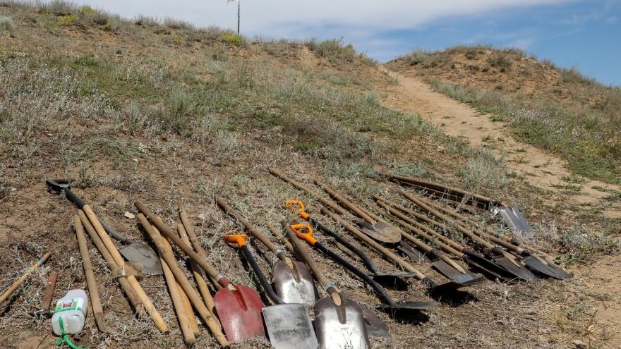 Под Волгоградом подорвалась группа поисковиков из Оренбурга. Мужчина и подросток погибли