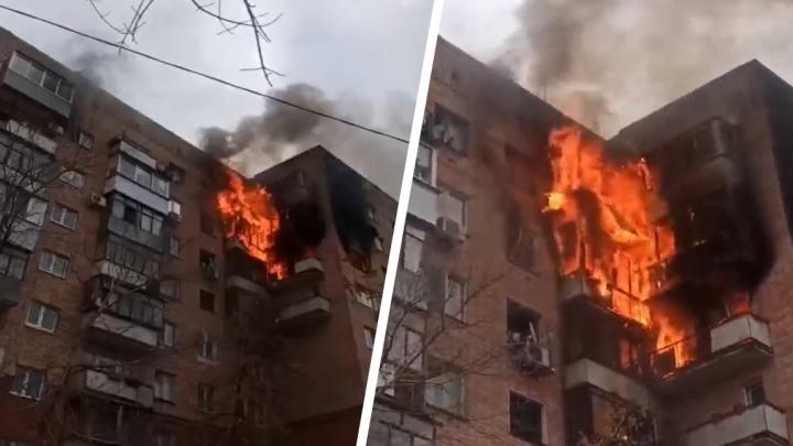 В Самаре горел многоквартирный дом на Ново-Садовой, 30