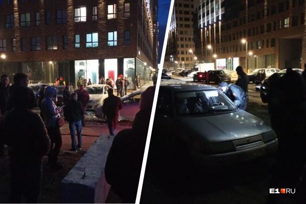 Жители вышли собирать подписи, чтобы отправить их в прокуратуру, и вызвали полицию