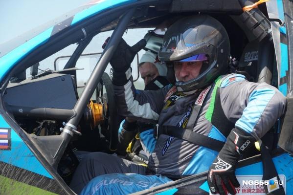 На протяжении гонки команда сталкивалась с техническими трудностями