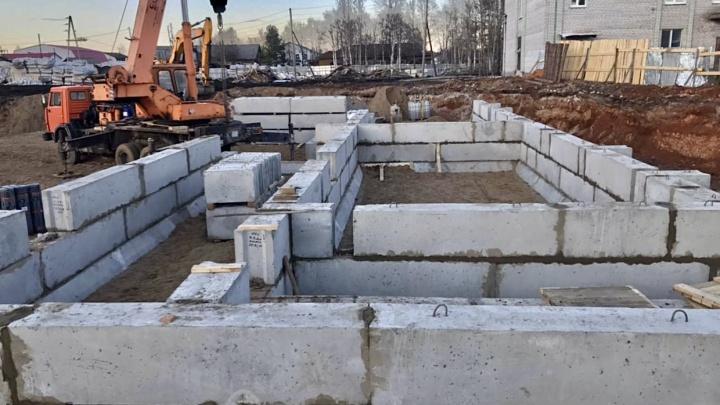«Больница в Мезени для нас в приоритете»: подрядчик отчитался о ходе строительства важного объекта