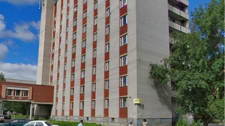 В общежитии СГМУ заменят окна. Это обойдется в 24,1 миллиона рублей