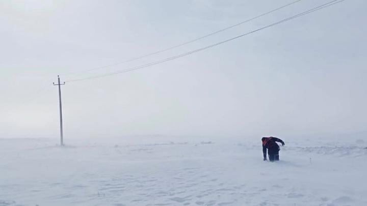 Энергетики после метели вернули свет в дома почти 130 территорий в Челябинской области