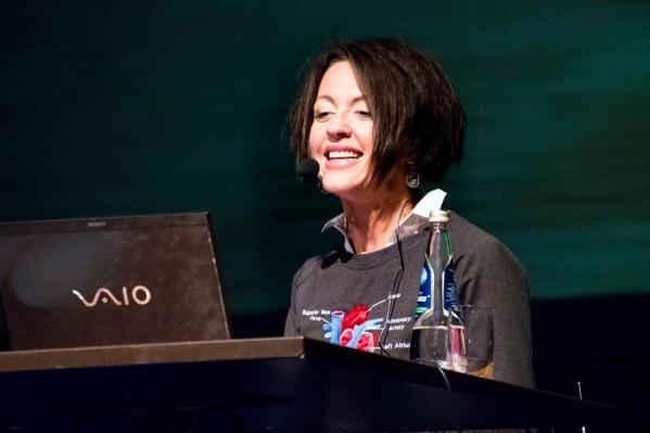Евгения Тимонова была первым спикером в истории проекта и символично открыла своей лекцией новый юбилейный сезон