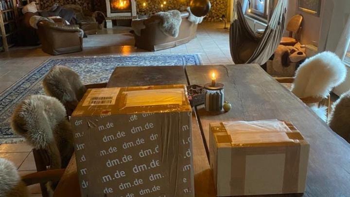 Посылка из Германии месяц пролежала на почте в Новосибирске и вернулась в Европу. Адресат об этом не знал