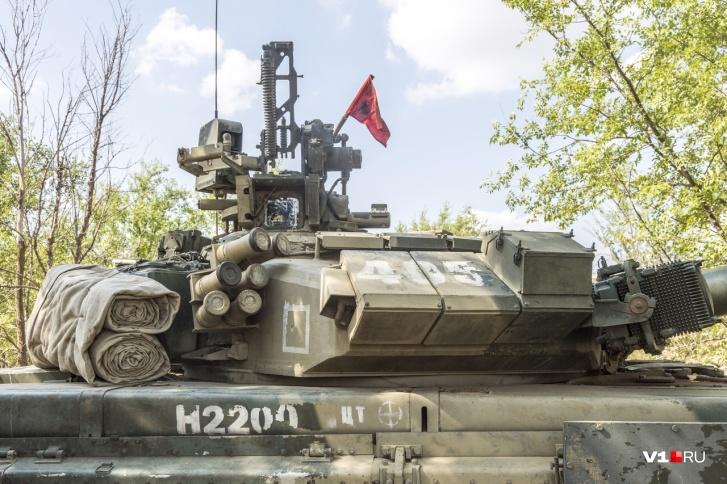 Танк в полной боевой готовности