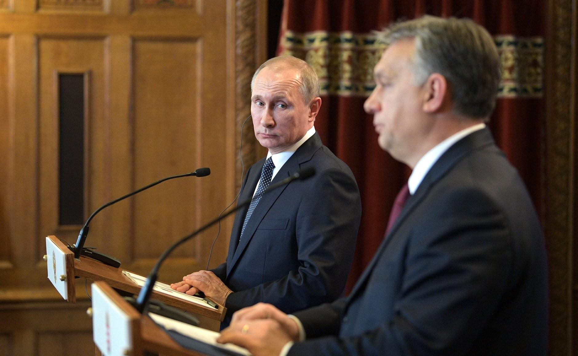 Владимир Путин с премьер-министром Венгрии Виктором Орбаном, Будапешт, 2017 год