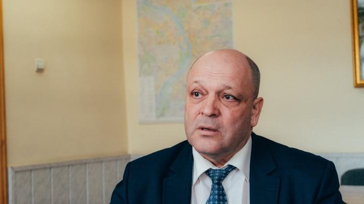 Средняя зарплата главного омского дорожника выросла до 170 тысяч рублей