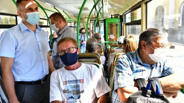В Ярославле начались облавы на пассажиров транспорта без масок на лице