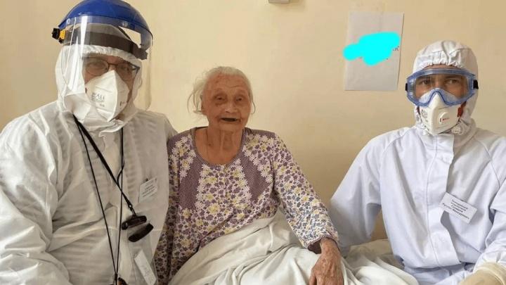 Пережила войну, не сдалась и коронавирусу: в Уфе 102-летняя героиня Сталинграда вылечилась от ковида