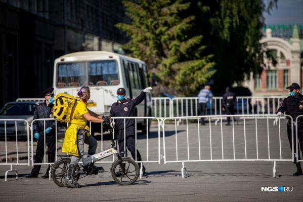 9 мая на площади Ленина будет необходимо соблюдать масочный режим