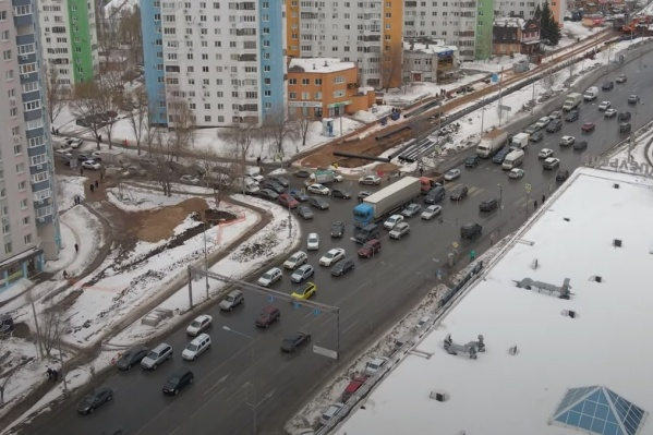До полного перекрытия Ново-Садовой осталось не так много времени