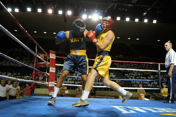 Пятничный турнир по профессиональному боксу «Дерись и побеждай 58» вместит сразу 17 поединков