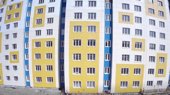 У студентов скоро новоселье: строительство нового общежития САФУ в Северодвинске почти завершено