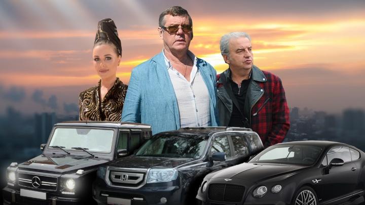Кто на Bentley, кто на древнем «Москвиче»: на чем ездят Новиков, Михалкова и другие уральские звезды